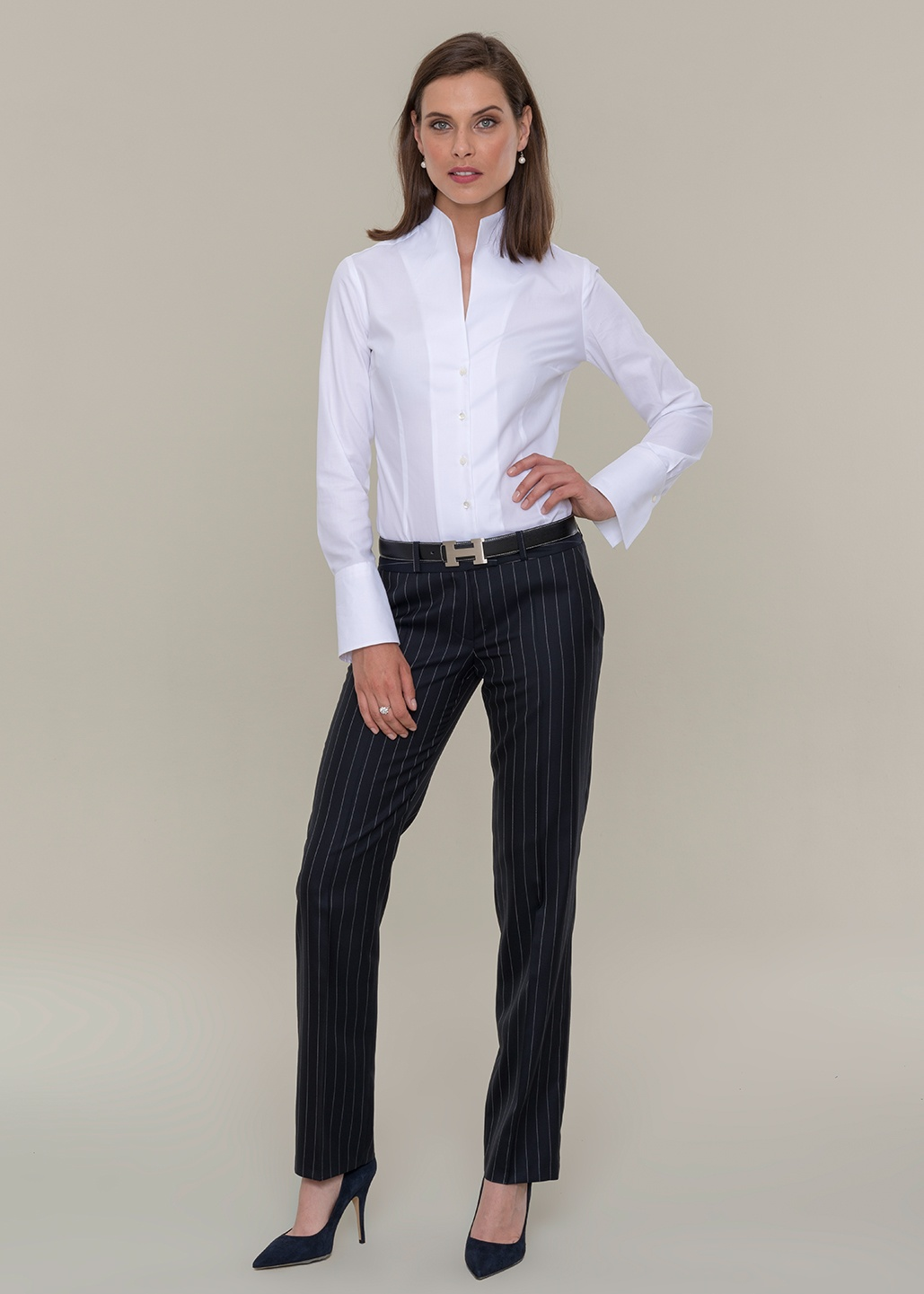 DOLZER_Business-Lady-Dresscode-Bluse-weiss-HW2017.jpg